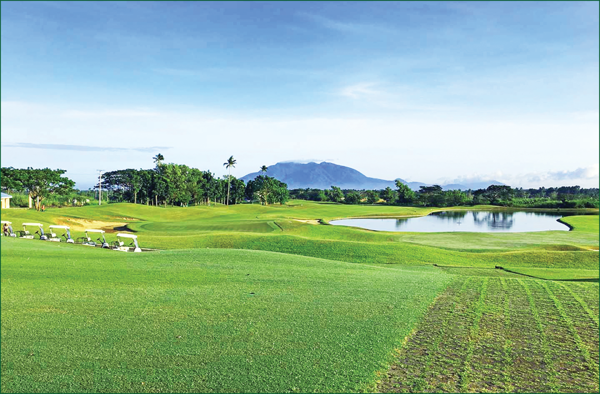 Summit Point Golf and Country Club  – Lot for Sale